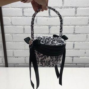 Flower Girl Basket - Black / White Damask (New)